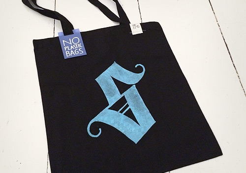 Typo bag – the lost S