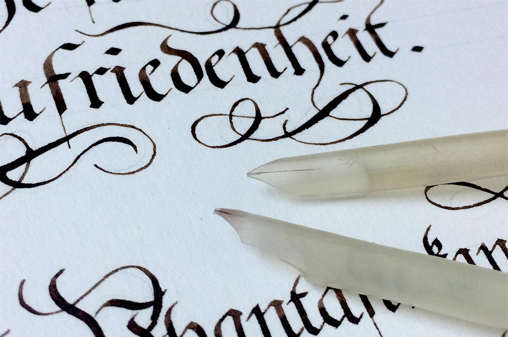 Rossberg Flourishes Kurrent quills